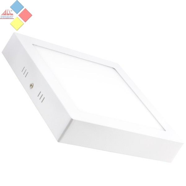 APLIQUE CUADRADO LED PARA TECHO O PARED 18W COLOR BLANCO FRIO
