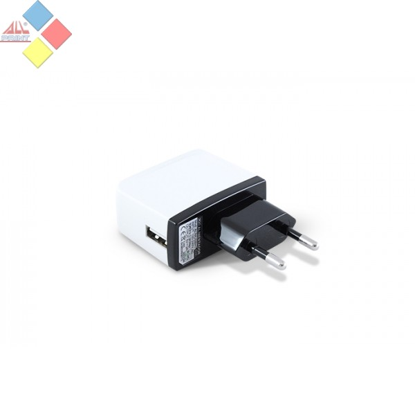 CARGADOR USB 220V AC VALIDO PARA CABLES USB MP3 Y MOVILES 3GO 5V 2A